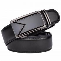 Juodas odinis diržas vyrams su stilinga sagtimi