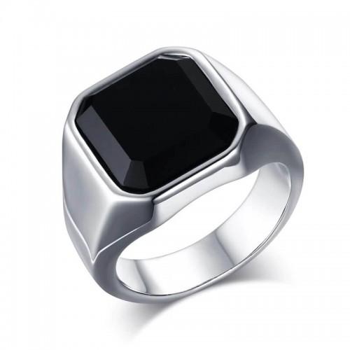 Plieninis vyriškas žiedas su juodo agato akmeniu