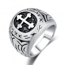 Vyriškas nerūdijančio plieno žiedas su kryžiaus simboliu