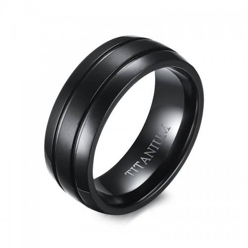 Vyriškas juodas žiedas iš titano